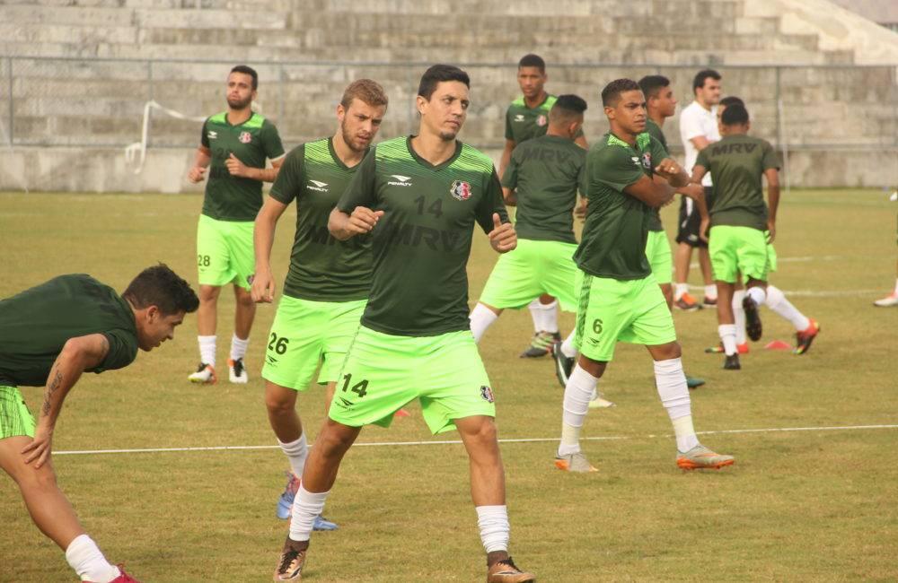 Léo Costa, contratação para o meio de campo tricolor