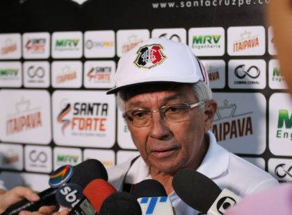 Givanildo Oliveira analisa partida contra o Boa Esporte