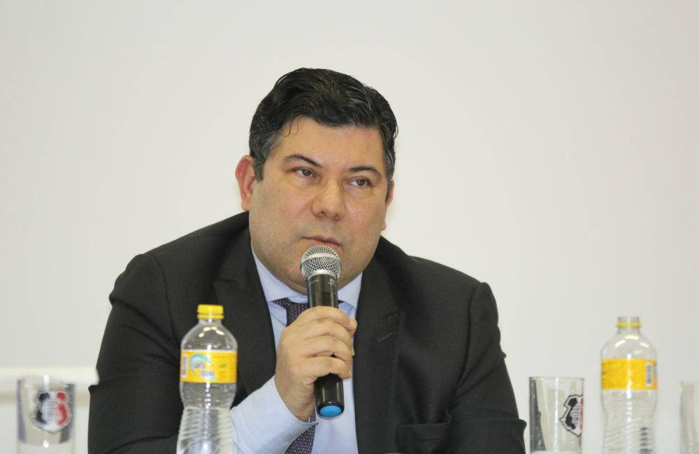 No Conselho, Alírio mostra impacto dos bloqueios judiciais e pede apoio