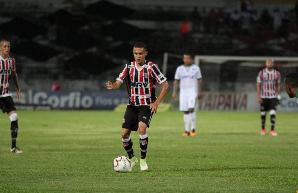 João Paulo analisa partida diante do Figueirense