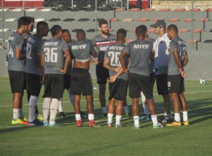 Com time definido e preparado, Júnior Rocha espera grande jogo no Amigão