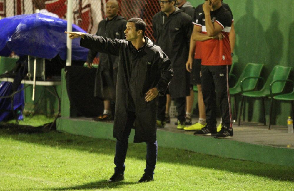 Júnior Rocha aponta méritos da equipe e exalta parte física