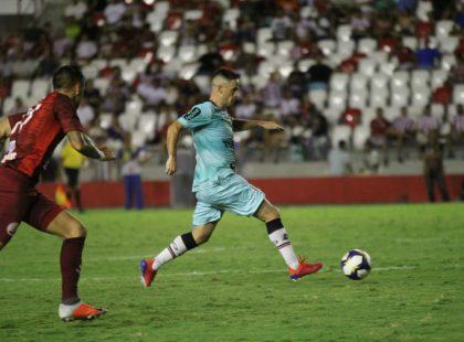 Copa do Nordeste: Pipico marca duas vezes, mas Santa empata com o Náutico nos Aflitos
