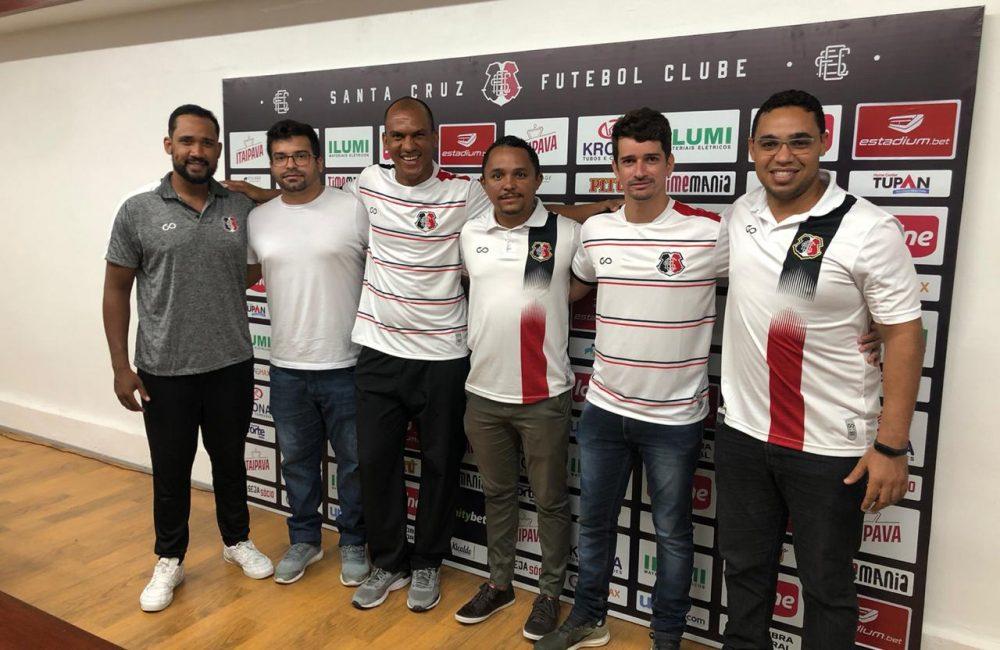 Base Coral: Sub-17 se reapresenta com novo treinador