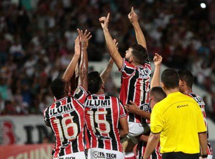Copa do Nordeste: Com um a menos, Santa vence Botafogo por 3x0