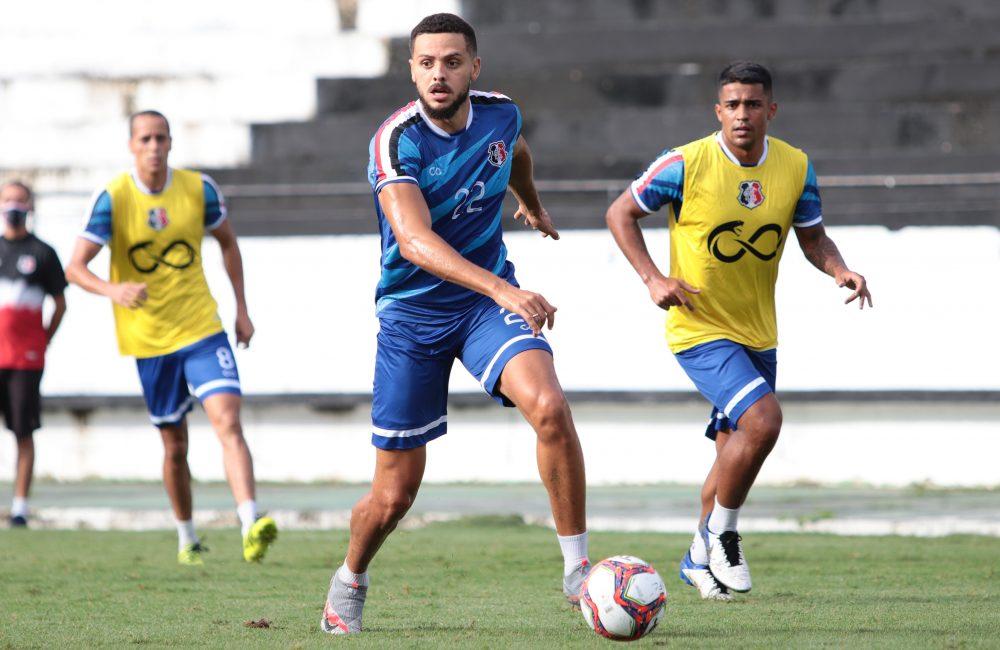 Mirando primeira vitória na Série C, elenco treina no Arruda