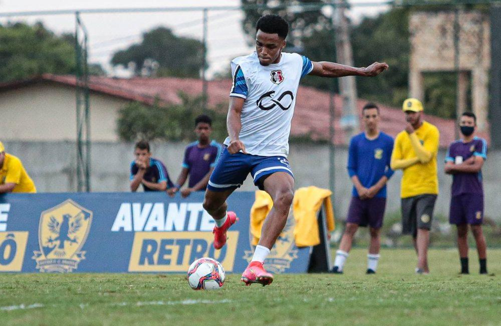 Santa Cruz faz penúltimo treino antes de encarar o Botafogo-PB