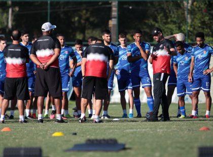 Santa Cruz finaliza semana de treinos e viaja para João Pessoa