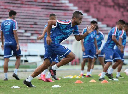 Santa Cruz realiza penúltimo treino antes da viagem para encarar o Tombense